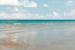 柔和的海浪 免版税库存图片