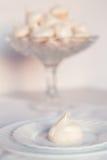 柔和的蛋白甜饼曲奇饼 库存照片