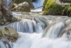 柔滑的光滑的流动的水 库存照片