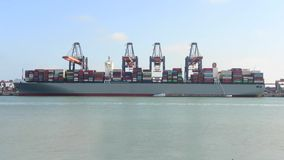 货柜船卸载 股票录像