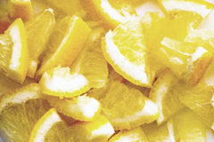 柠檬切得很细的片断  免版税库存图片