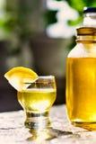 柠檬利口酒 库存照片