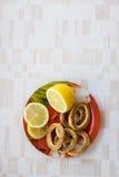 柠檬和曲奇饼 免版税库存图片
