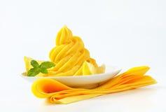 柠檬奶油漩涡  库存照片