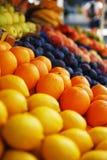 柠檬市场桔子立场 库存照片