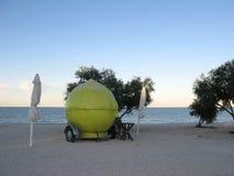 柠檬水食物卡车 免版税库存图片