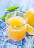 柠檬汁 免版税图库摄影