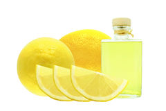 柠檬的油 免版税库存照片