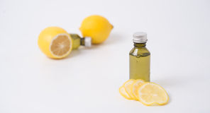 柠檬精华 库存照片