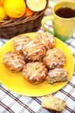 柠檬罂粟种子松饼 免版税图库摄影