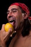 柠檬舔 库存照片