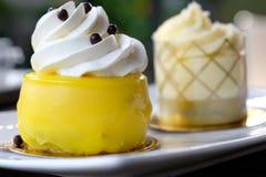 柠檬蛋糕 库存图片