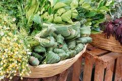 柠檬香茅和其他草本在一个市场上在墨西哥城 免版税库存图片