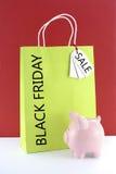 柠檬绿在红色白色背景的购物袋 图库摄影
