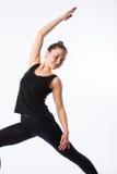 查出的模型部分姿势摆在系列多种战士白人妇女瑜伽年轻人 这是一系列的各种各样的瑜伽姿势的一部分由这个模型,在白色 免版税库存图片