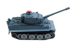 查出的玩具坦克 免版税图库摄影