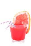 查出的鸡尾酒用葡萄柚汁 免版税库存图片