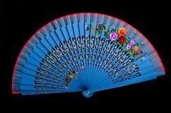 查出的黑色蓝色瓷风扇现有量 免版税库存图片