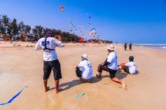 查家上午海滩- 3月9日:第15个泰国国际风筝节日 免版税库存照片