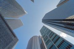 查寻地平线大厦低角度图在街市达拉斯,T 库存照片
