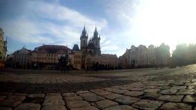 查尔斯广场的游人在布拉格, Timelapse 股票录像