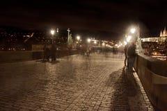 查尔斯桥梁在晚上 库存照片
