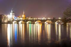 查尔斯桥梁晚上视图 库存照片