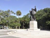 查尔斯顿SC, 8月7日:查尔斯顿的同盟防御者的纪念碑从查尔斯顿的在南卡罗来纳 免版税图库摄影