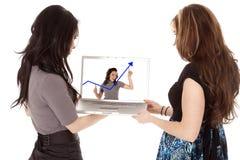 查找妇女的企业计算机 免版税库存照片
