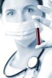 查找范例的血液医生 库存照片