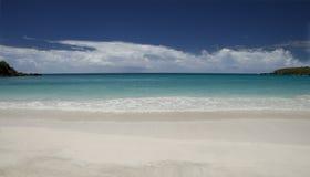 查找viequez的海滩 免版税图库摄影