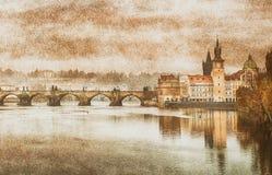 查理大桥在布拉格(最Karluv)捷克 葡萄酒作用 图库摄影