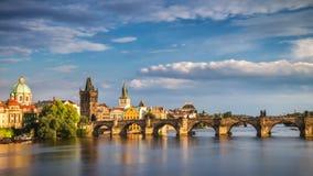 查理大桥在老镇布拉格,捷克 库存图片