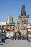 查理大桥早晨,布拉格,捷克塔  免版税库存图片