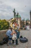 查理大桥的街道音乐家 免版税图库摄影