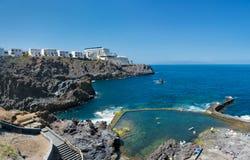 查科del Tancon -在Los Gigantes附近的自然水池在Puerto de 免版税库存照片