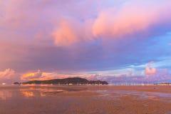 查龙海湾非常重要对旅行事务它是所有小船和游艇小游艇船坞一个中心 图库摄影