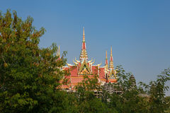 柬埔寨修道院屋顶在蓝毗尼 图库摄影