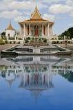 柬埔寨宫殿皇家笔的phnom 免版税库存照片