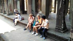 柬埔寨寺庙的游人 库存图片