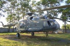 从柬埔寨战争的直升机在暹粒战争博物馆 库存照片