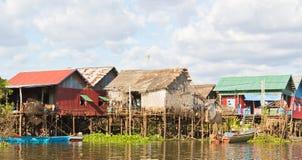 柬埔寨捕鱼高跷村庄 免版税库存照片