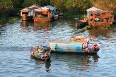柬埔寨浮动的房子 库存照片