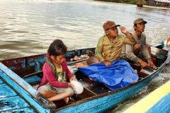 柬埔寨湖树汁tonle 库存图片