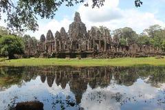 柬埔寨 吴哥城市 在riep siem寺庙附近的bayon柬埔寨 暹粒省 暹粒市 库存照片