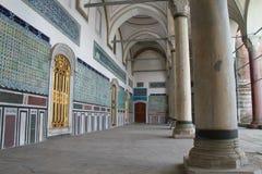 柱子和装饰品在Topkapi宫殿,伊斯坦布尔,土耳其 免版税图库摄影