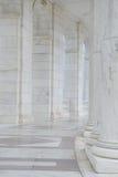 柱子在走廊 免版税图库摄影