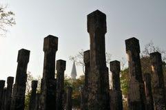 柱子在Polonnaruwa,斯里兰卡古城 免版税库存照片