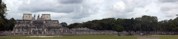 柱子寺庙一千 库存照片