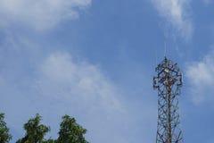 柱状细胞,电信塔 免版税图库摄影